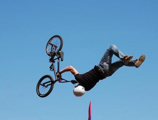 Полеты на BMX и хоккей на роликах в Кемерово