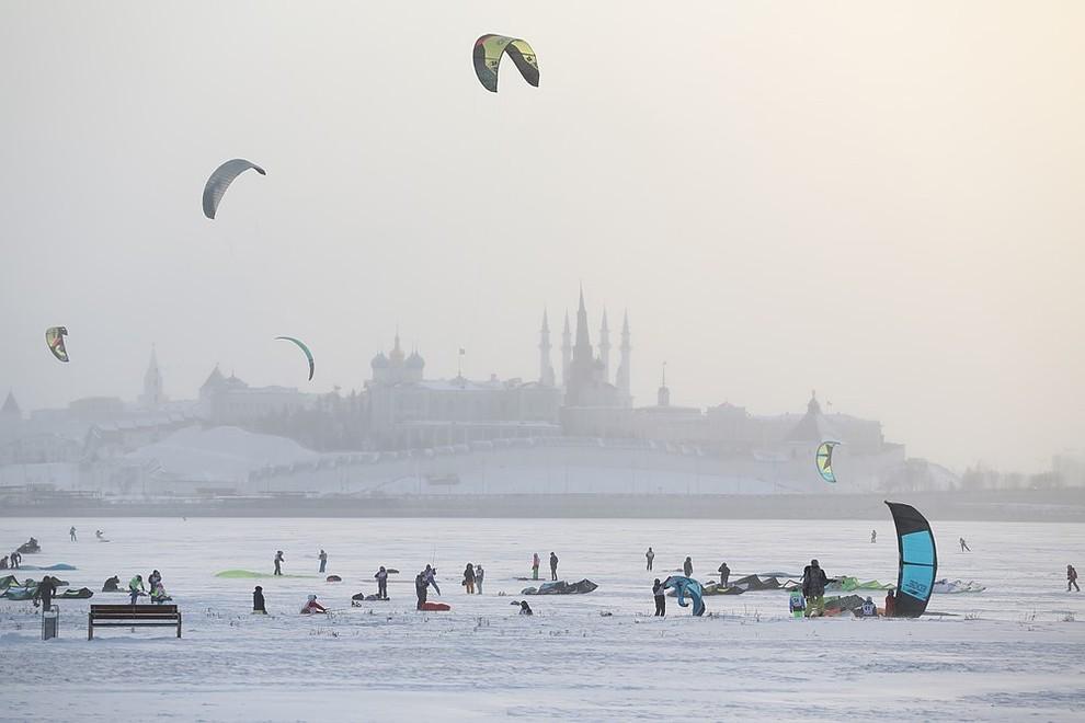 Соревнования по сноукайтингу прошли в Казани