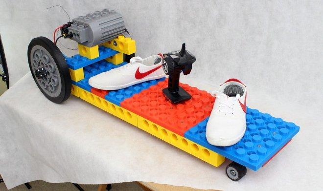 Электро Lego скейтборд из напечатанных на 3D-принтере деталей