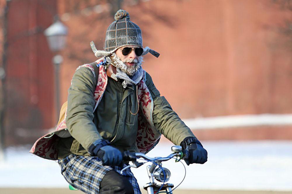Третий зимний велопарад прошел в Москве