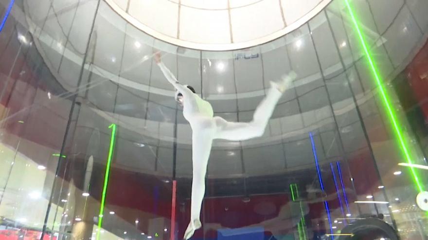 В Китае состоялся первый Азиатский чемпионат по скайдайвингу в аэродинамической трубе