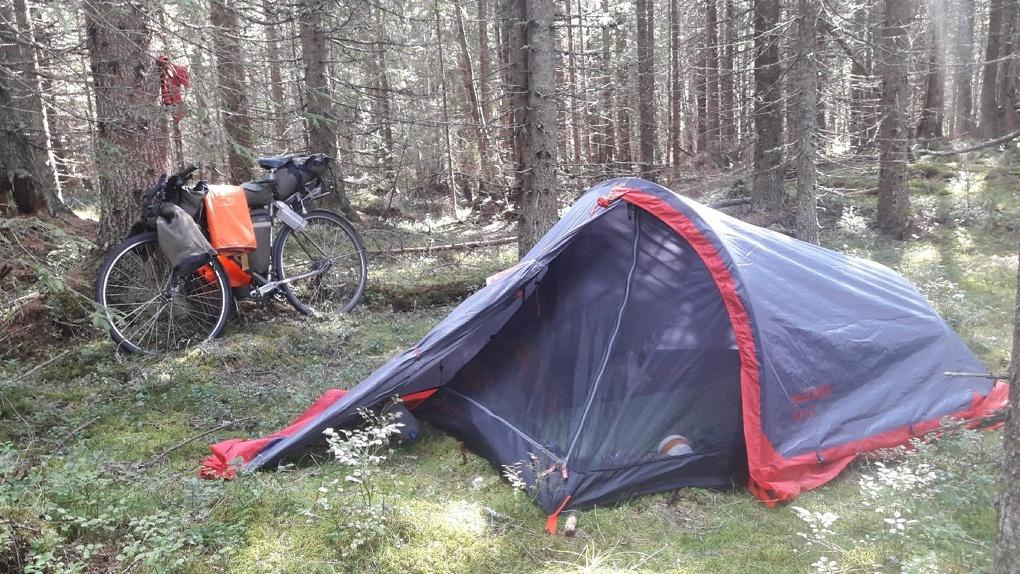 Из Омска в Исландию на велосипеде