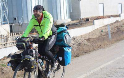 Азербайджанец установил мировой рекорд путешествия на велосипеде