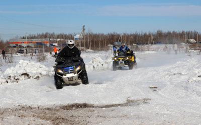 В Брянске прошли соревнования по джип-спринту
