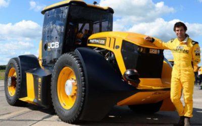 Рекорд скорости установлен на модифицированном тракторе JCB Fastrac