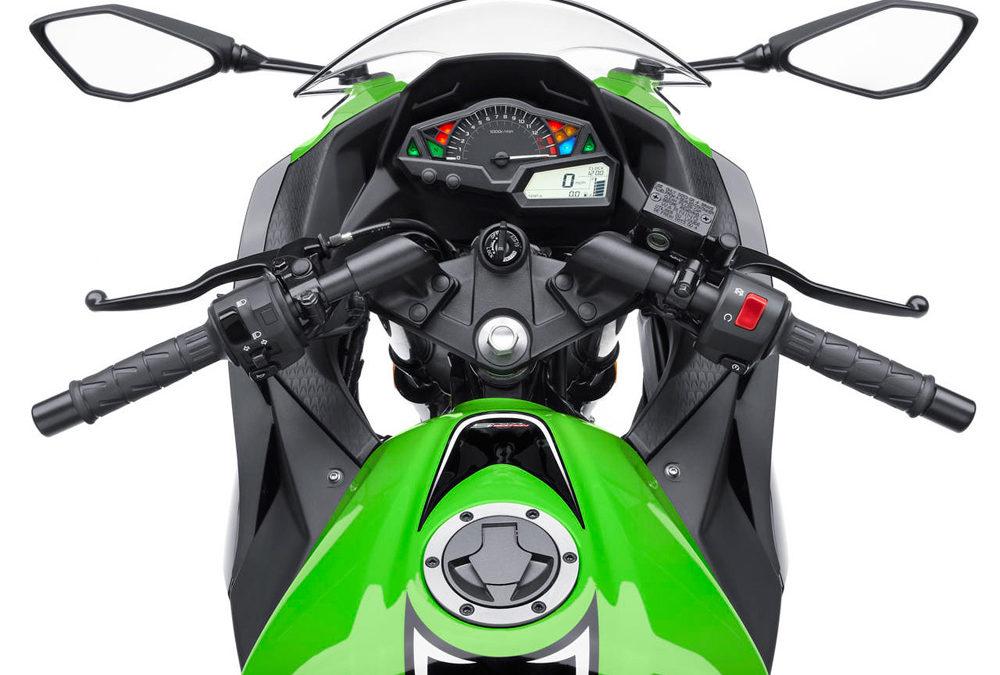 Тест-драйв мотоциклов Kawasaki на подмосковном автодроме