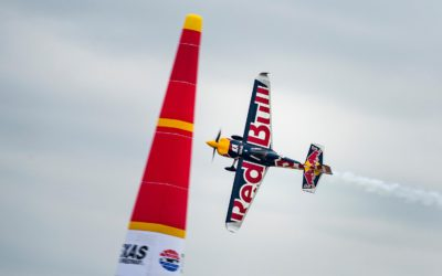 Мартин Шонка выиграл чемпионат Red Bull Air Race