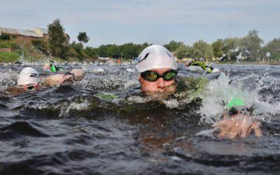В Выборге прошли соревнования по заплыву на открытой воде VyborgSWIM